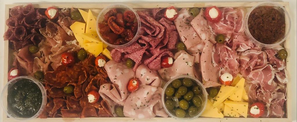 5. Italiaanse antipasti & vleeswarenplank
