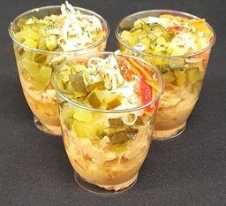 Zalmsalade in een cupje