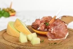 Rauwe ham met meloen